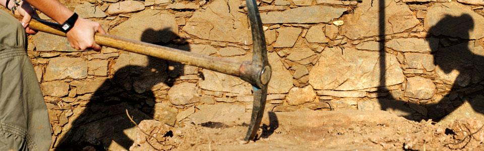 excavacions a mons observans