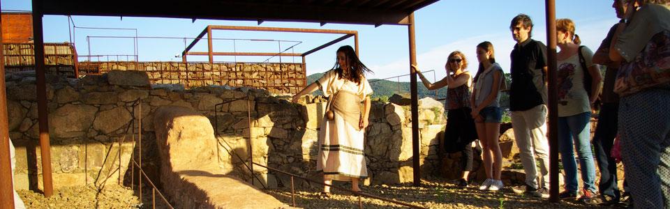 visita teatralitzada iberica - la mirada Akaïs